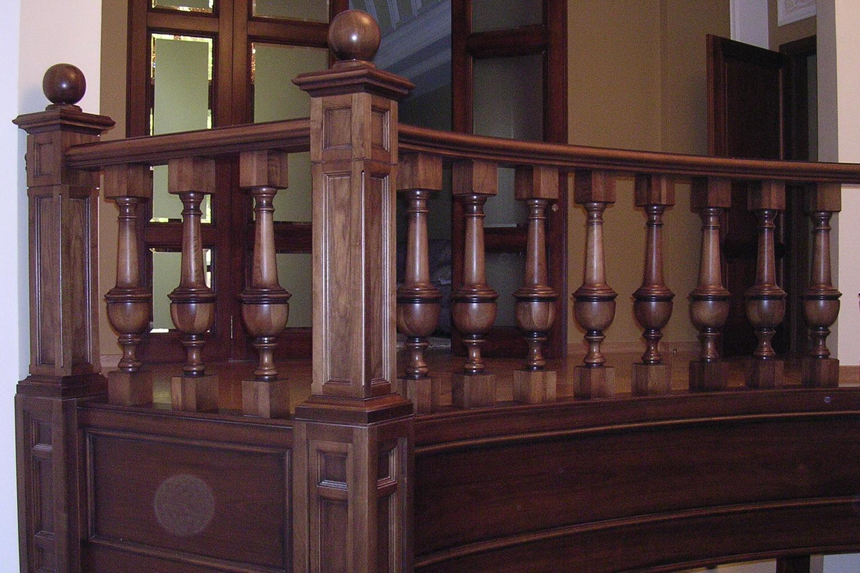 изготовление любых лестниц и декоров из массива - Свой Мастер