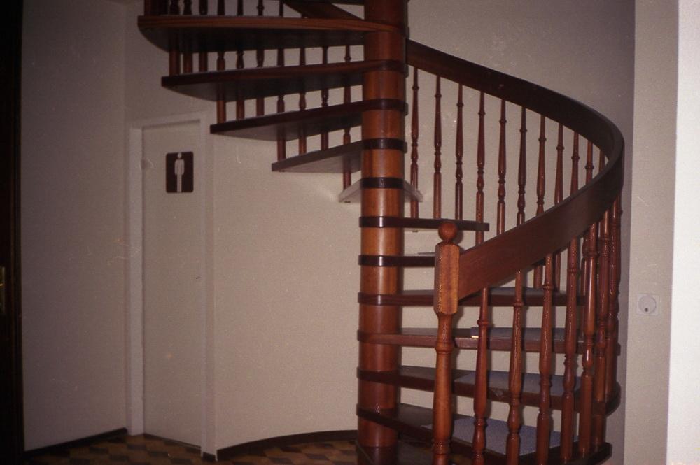 винтовые лестницы на заказ - Свой Мастер