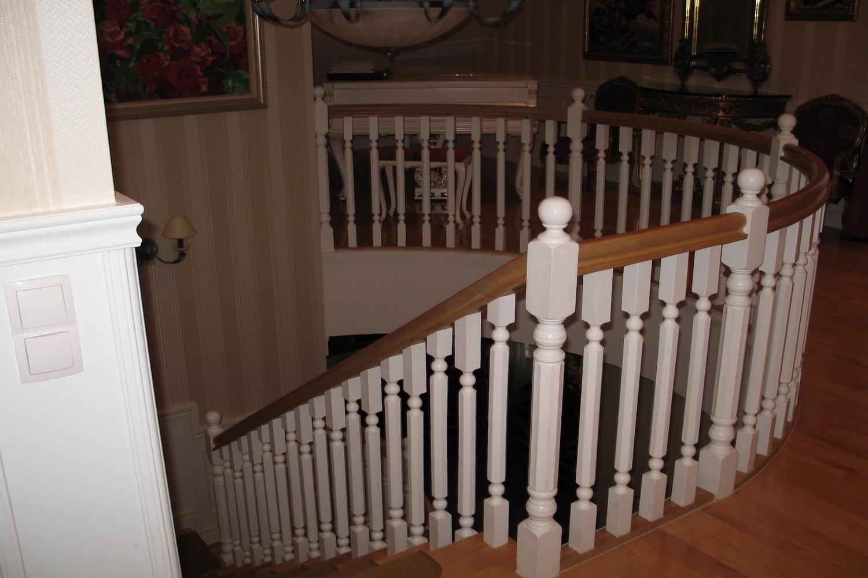 лестницы под заказ из массива, шпона - Свой Мастер
