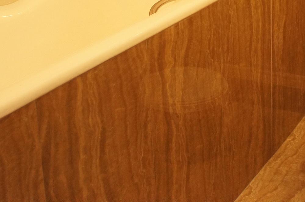 ванная обложенная плиткой, плиточные работы - Свой Мастер
