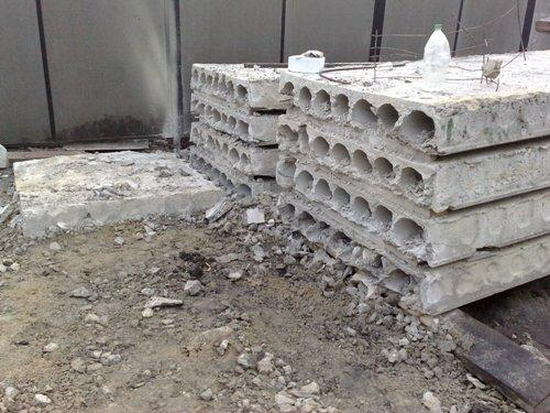 Укладка (монтаж) плит перекрытия
